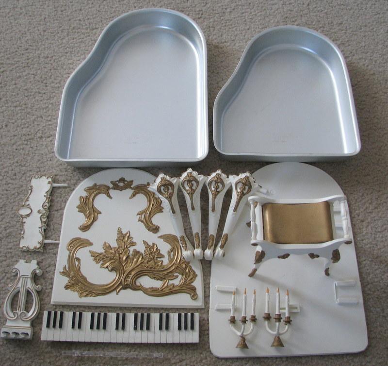 1973 Wilton Cake Pan Baby Grand Piano Set 502 887 Free